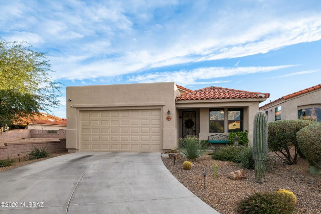 Vactor Ranch House For Sale